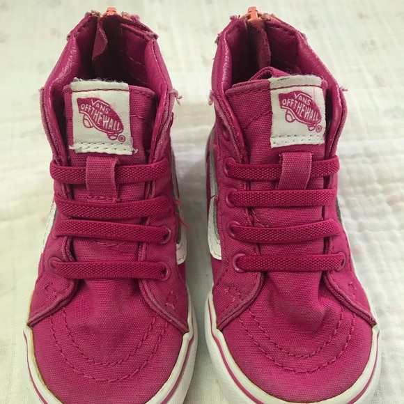 47dd83f9bc Toddler Sk8-Hi Zip Vans Shoes. M 5baa746b7386bc7b1f40416e